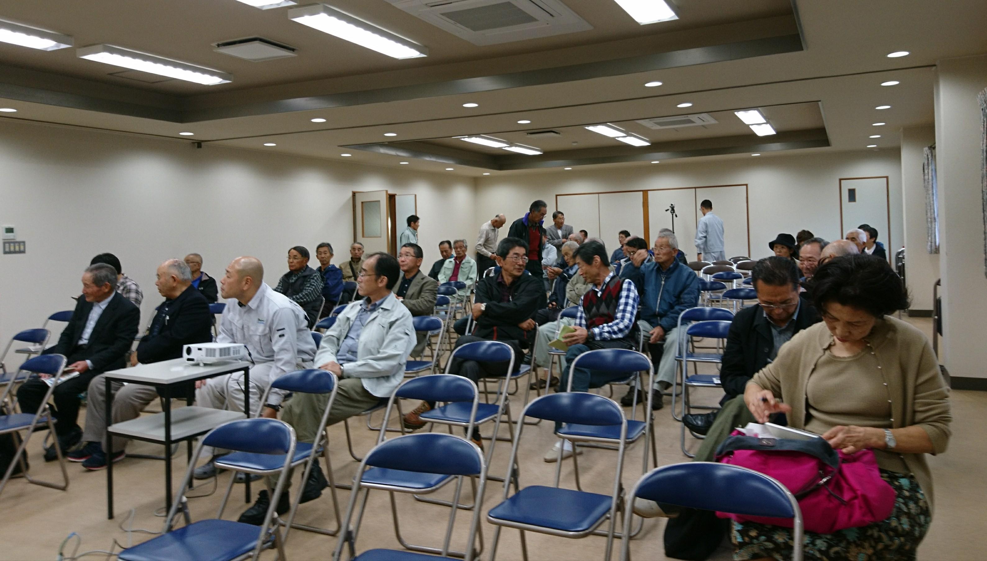 台風下の講演会